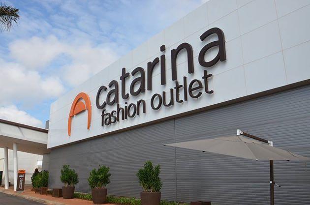 ab4ab1cb69c50 A nova expansão do Catarina Fashion Outlet deve gerar mais 300 empregos  para a região, segundo informou o superintendente do shopping Jorge Niubó.