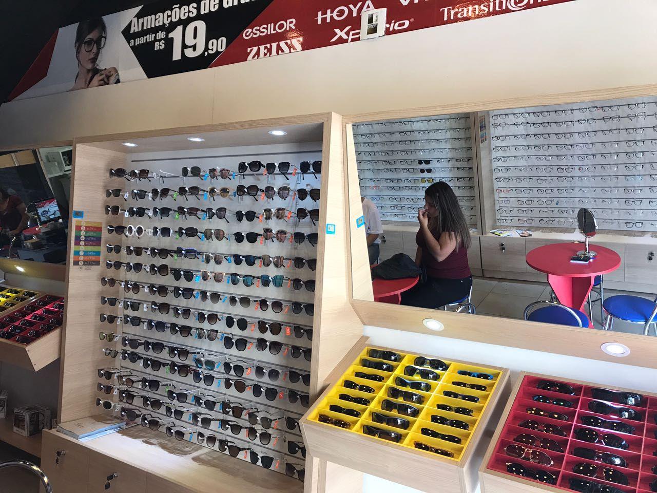 """837abb05b7d10 A rede de franquias de óculos de sol e grau, Ótica """"Mercadão dos Óculos""""  inaugura sua loja em São Roque nesta sexta-feira, 14, às 08h30 da manhã."""