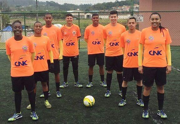 3a9956fb02 Com técnico são-roquense Seleção de Futebol Social chega na Noruega ...